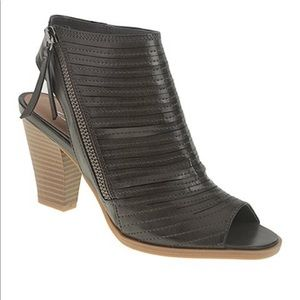 CL by Laundry Charcoal Ankle Boots Size 8.5